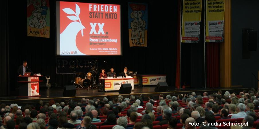 Frieden statt NATO - Das Thema der Rosa-Luxemburg-Konferenz 2015. Foto: Claudia Schröppel